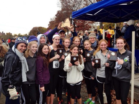 Congratulations to Hackley Girls' Varsity XC for winning the NYSAIS Championship! Photo by George Gomba.
