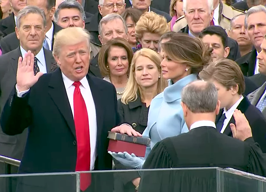 Donald+Trump+takes+his+oath+to+be+inaugurated+as+the+45th+President.+