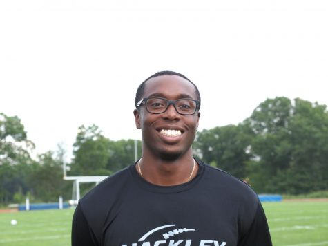 Back at the Hilltop: Darnell Davis '10  returns as new assistant football coach