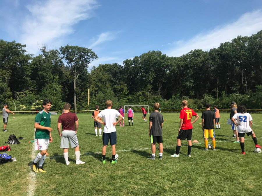 Boys' soccer lost a tough, widely anticipated game to Riverdale in the NYSAIS Tournament. They had beaten the Riverdale team twice previously.