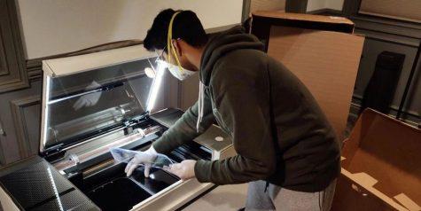 Arjun Dayal making medical masks